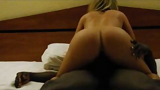 she cums hard on this bbc