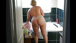 mature chick culos 1